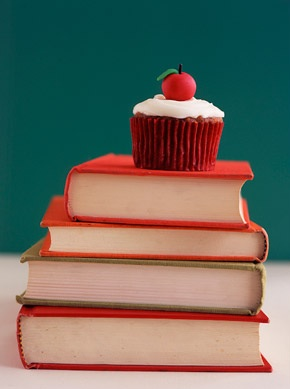 Book martha stewart cupcakes wedding