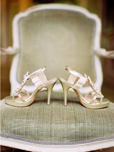 cream_shoes_unionphoto