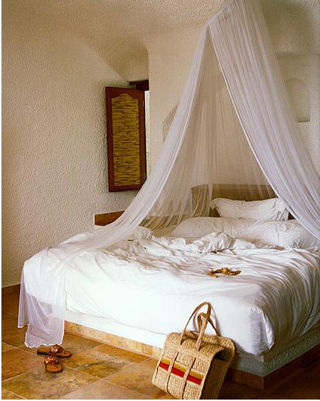 white_bedroom_mexica_davidtsay