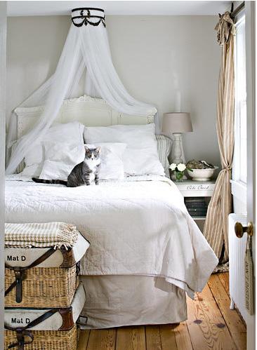 white_room_helennorman