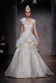 New-Monique-Lhuillier-Wedding-Dresses-018