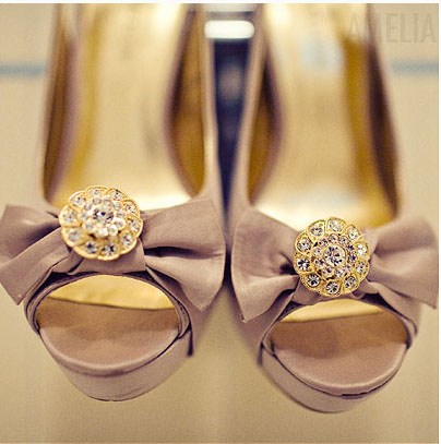 taupe_shoe_amelialyon