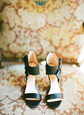 black_wedding_sheos_lanedittoe
