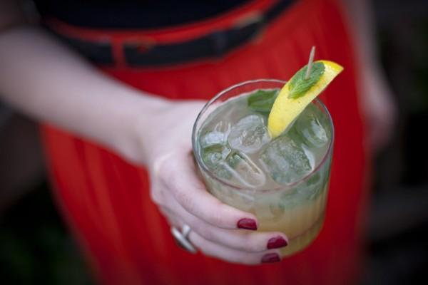 On The Rocks: Minty Whiskey Lemonade