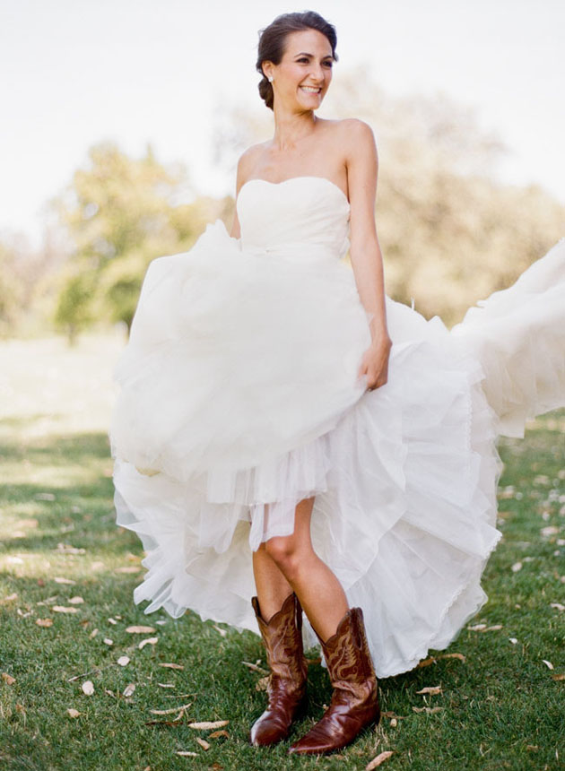 Bridal style vera boots kelly oshiro for Wedding dresses for cowboy boots