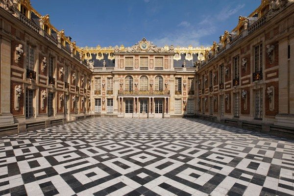Home Style: Versailles