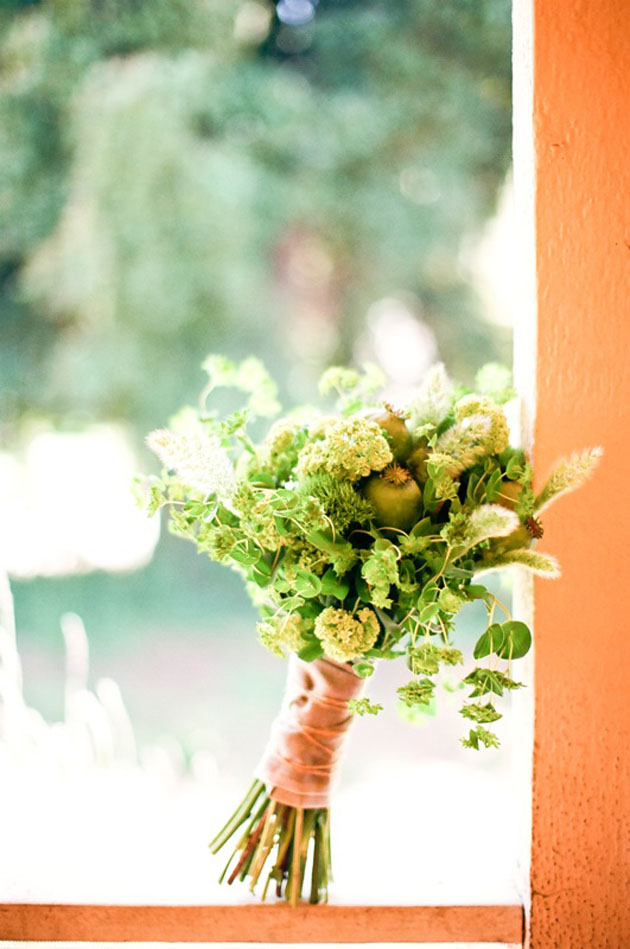 Flower Chic: Green & Modern Wedding Bouquet   Kelly Oshiro