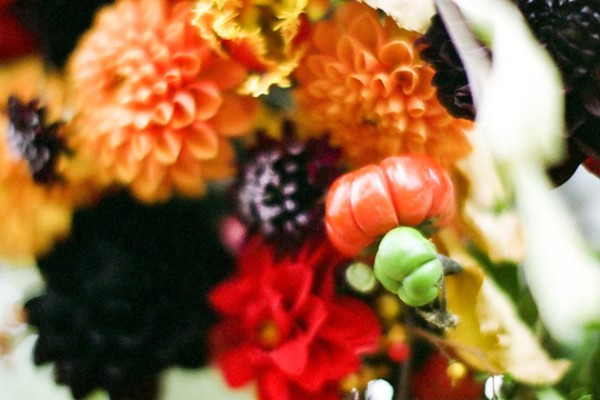 Flower Chic: Fall Wedding Ceremony Ideas