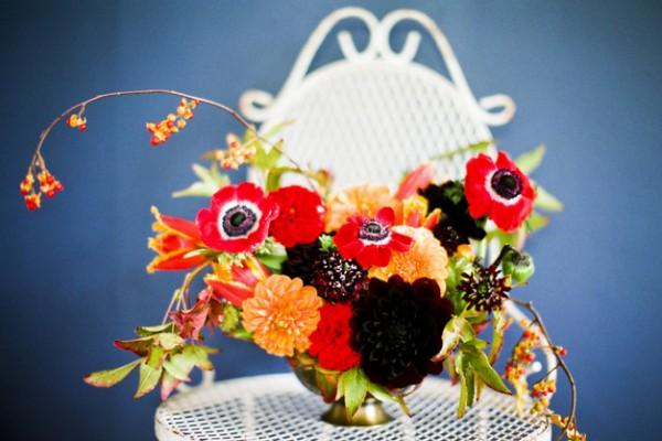 Flower Chic: Vibrant Fall Centerpiece Idea