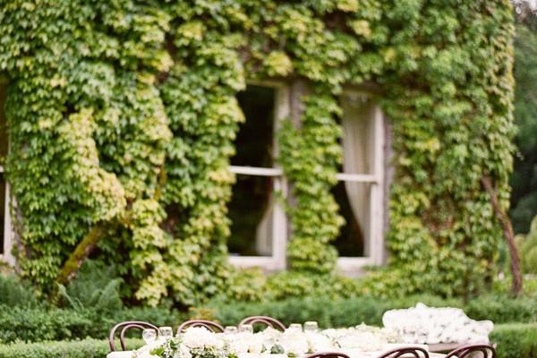 Editorial: Old World Elegance Wedding Ideas