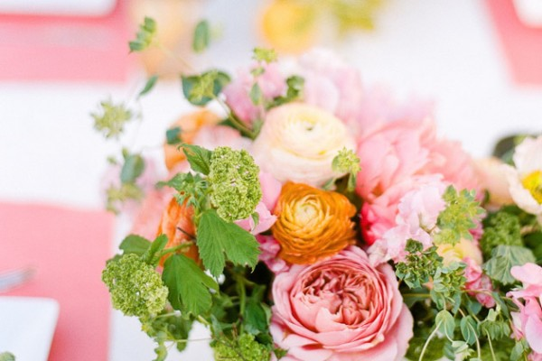 Entertaining: A Coral, Orange, & Green Springtime Table