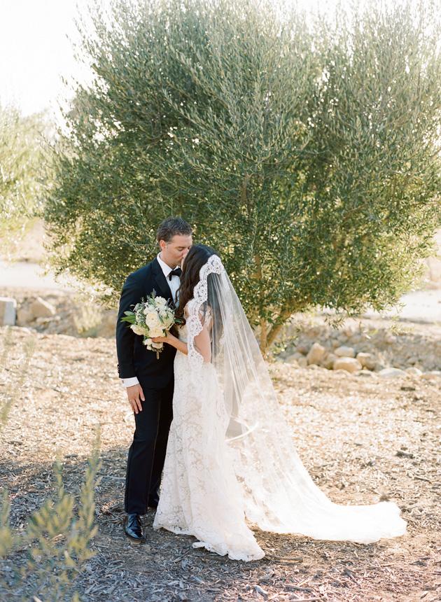 b1da885732d Real Wedding: Greek Garden Elegance - Los Angeles Prop Stylist