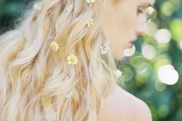 Editorial: With Daisies in her Hair