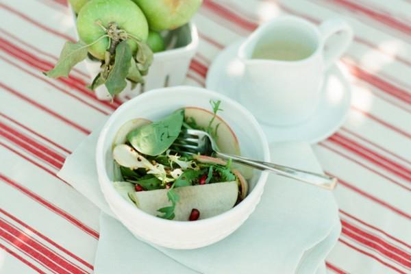 In the Kitchen with Le Petite Chef: <br>Shaved Fennel, Apple, & Crispy Quinoa Salad