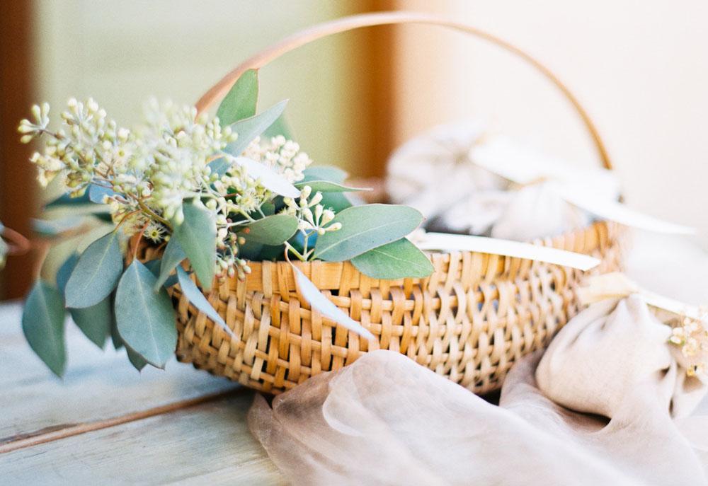 kellyoshiro.com | photo: sally pinera for smith james events | ojai wedding inspiration