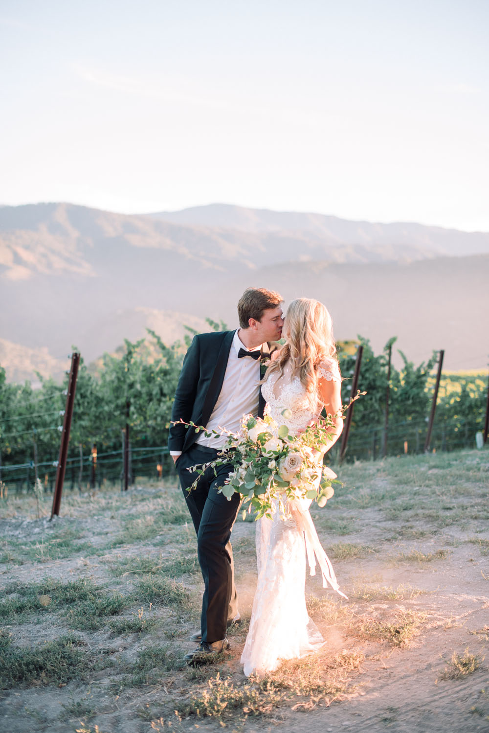01-holman-ranch-wedding-stylist-kelly-oshiro059