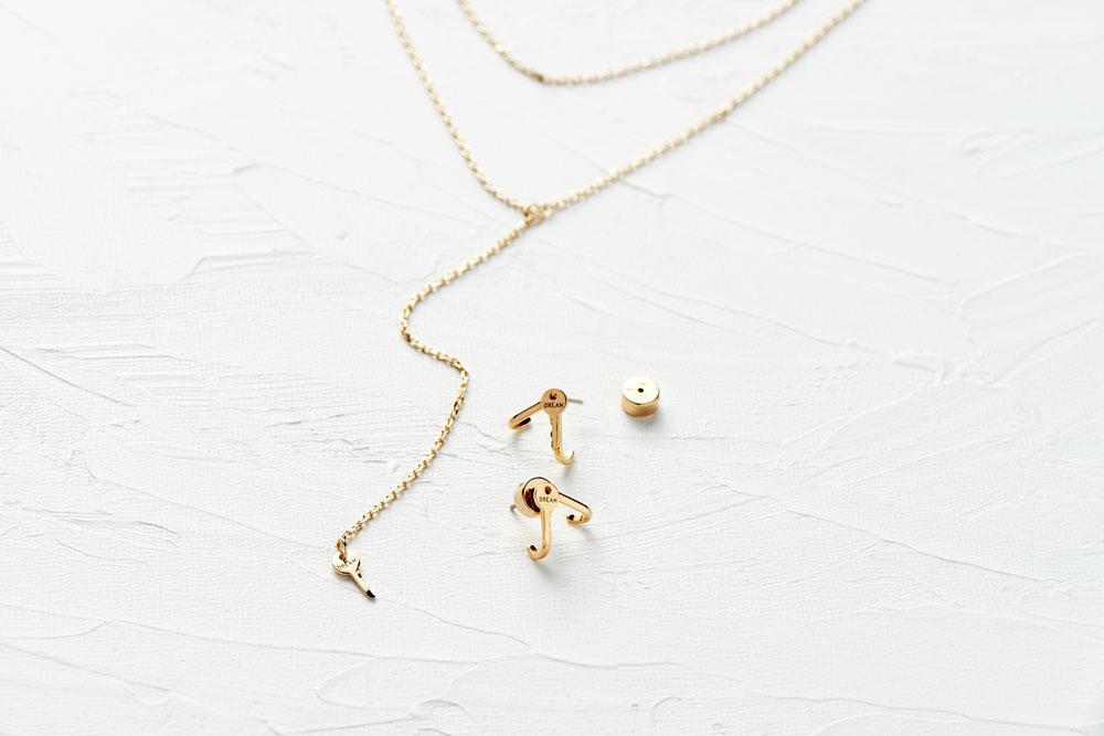 kellyoshiro.com | Prop stylist for jewelry | Los Angeles prop stylist