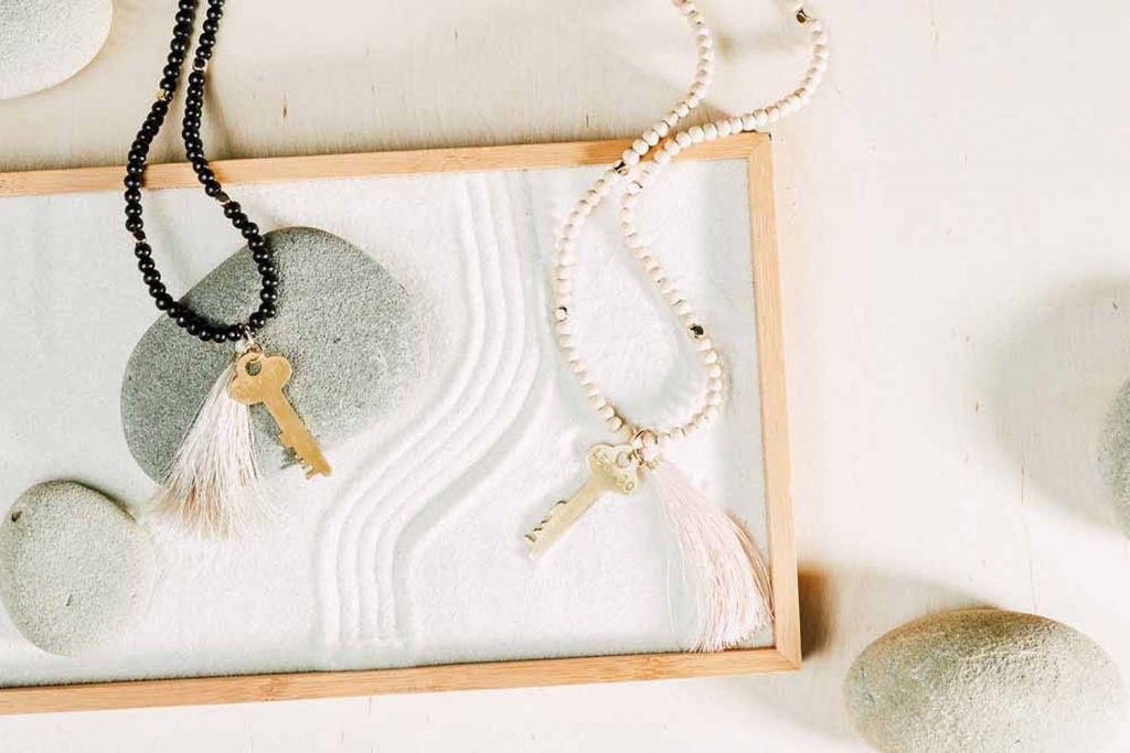 jewelry prop stylist los angeles